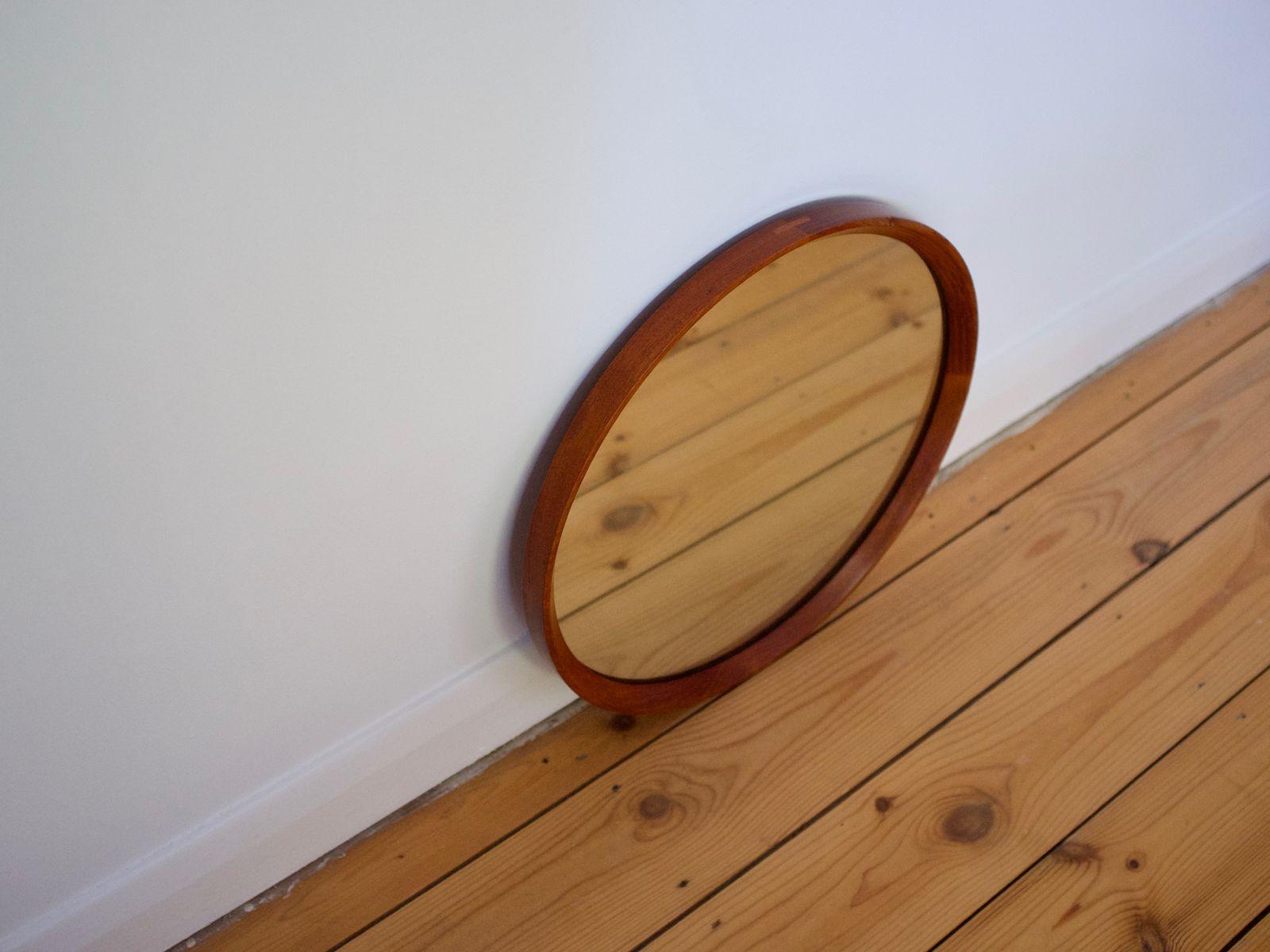 runder teak spiegel mit sichtbaren fugen von rowley designs 1960er bei pamono kaufen. Black Bedroom Furniture Sets. Home Design Ideas