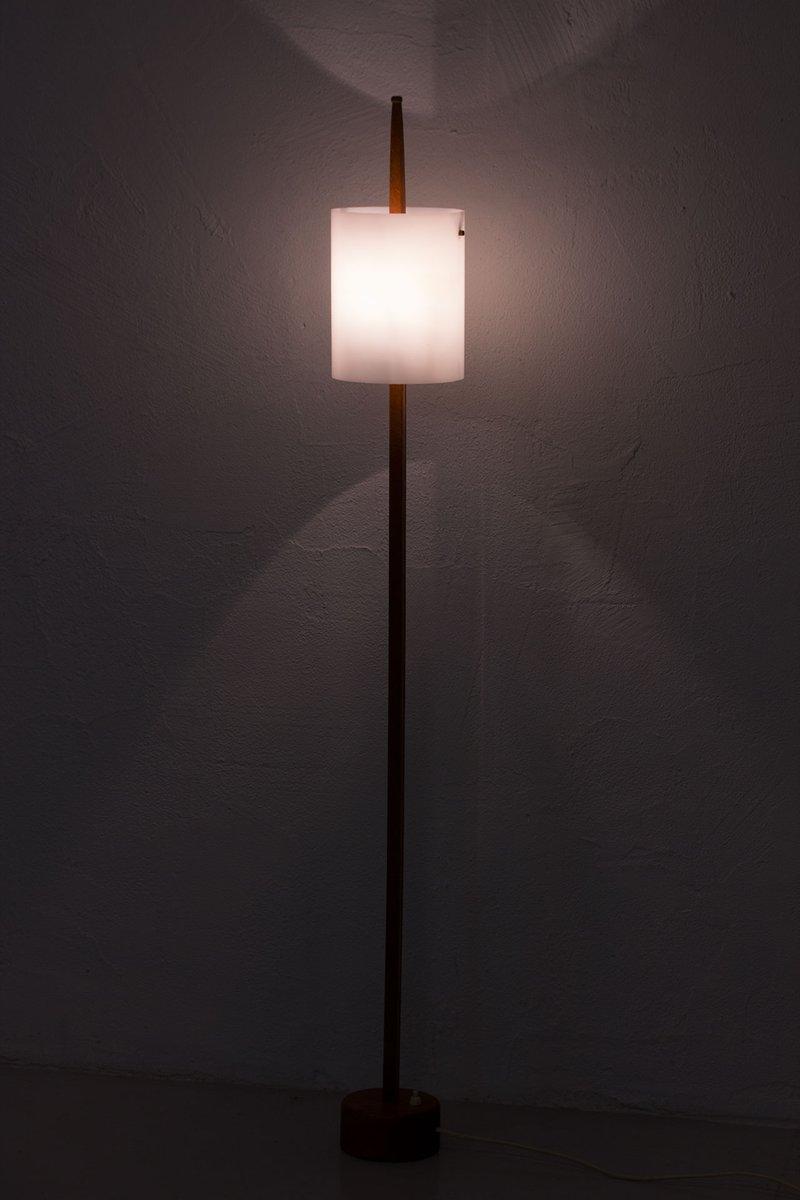 Scandinavian modern minimalist floor lamp by uno osten for Floor lamp 10