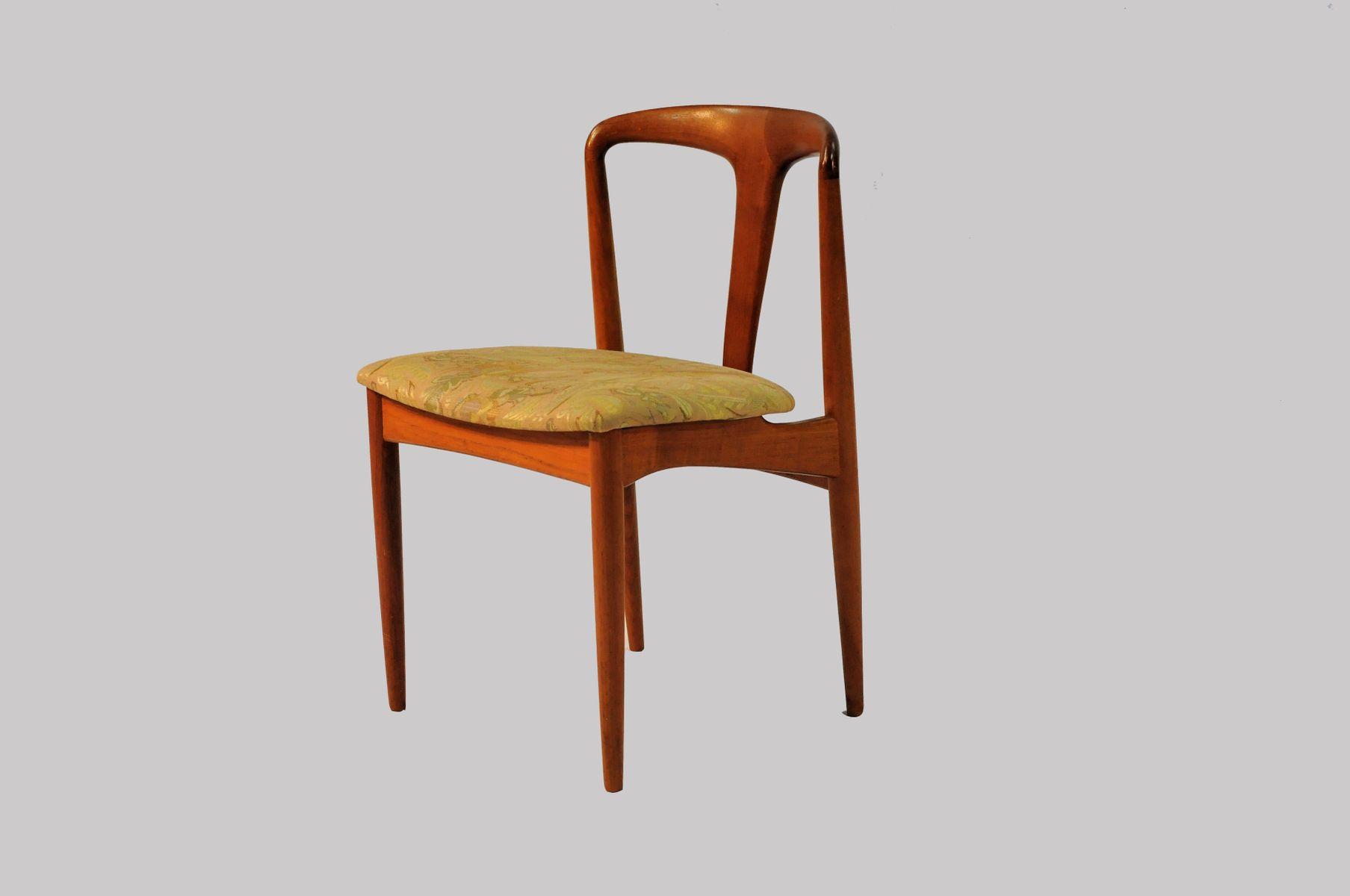 Juliane Dining Chairs in Teak by Johannes Andersen for  : juliane dining chairs in teak by johannes andersen for vamo 1960s set of 6 8 from www.pamono.com size 1808 x 1200 jpeg 44kB