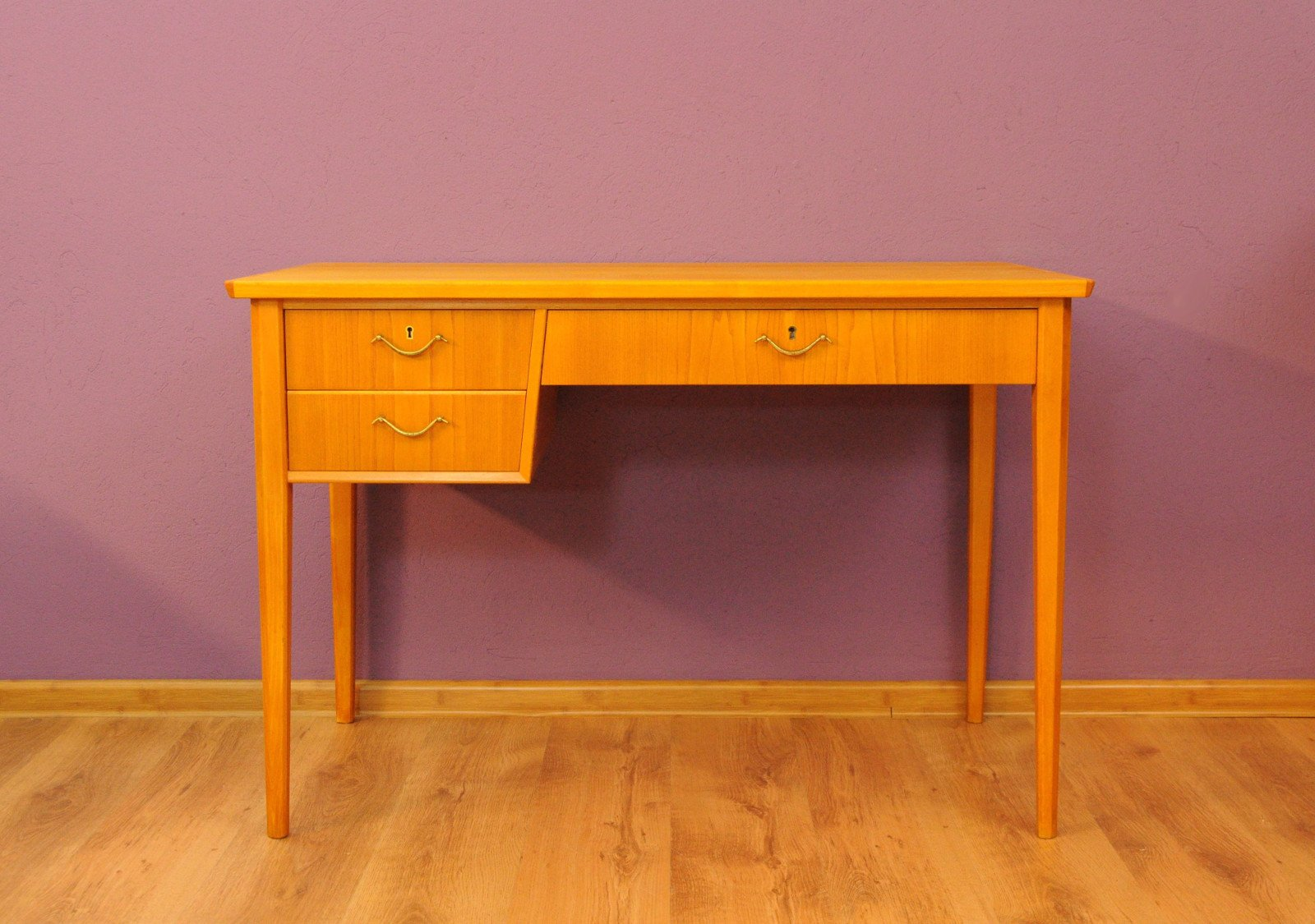 Swedish Desk, 1960s for sale at Pamono