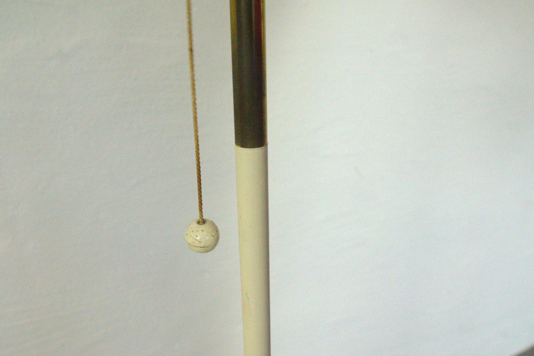 vintage dreibein stehlampe mit plissee schirm 1950er bei. Black Bedroom Furniture Sets. Home Design Ideas