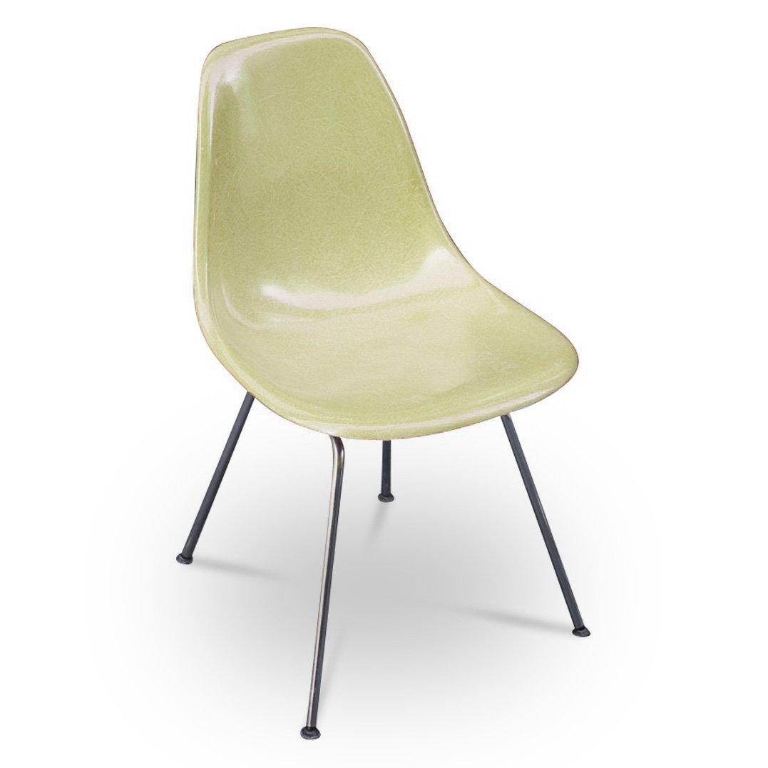 modell dsx stuhl von charles ray eames f r herman miller. Black Bedroom Furniture Sets. Home Design Ideas