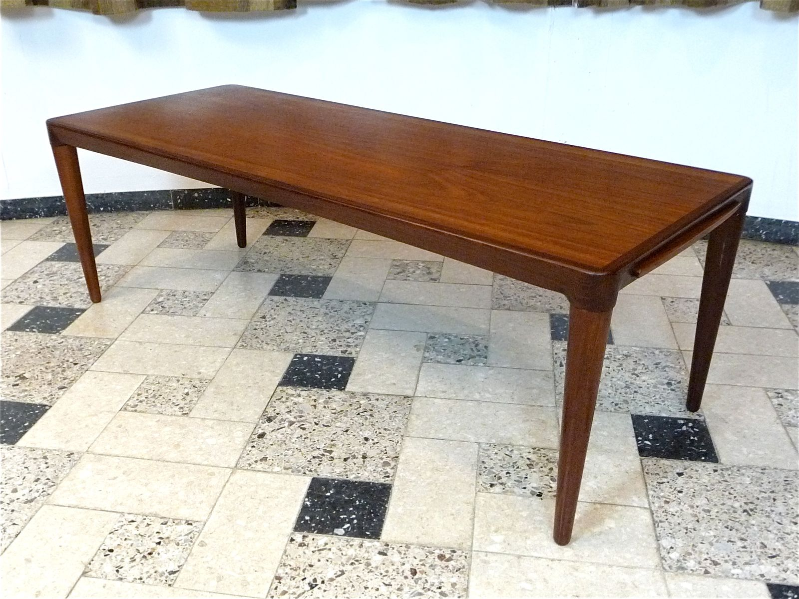 Danish Extendable Teak Coffee Table 1960s for sale at Pamono