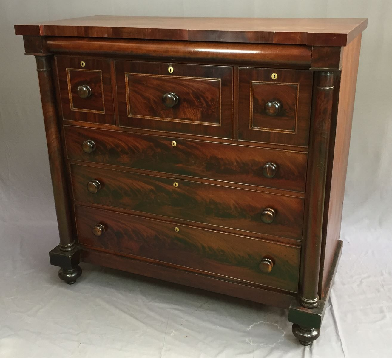 vintage mahogany commode for sale at pamono. Black Bedroom Furniture Sets. Home Design Ideas
