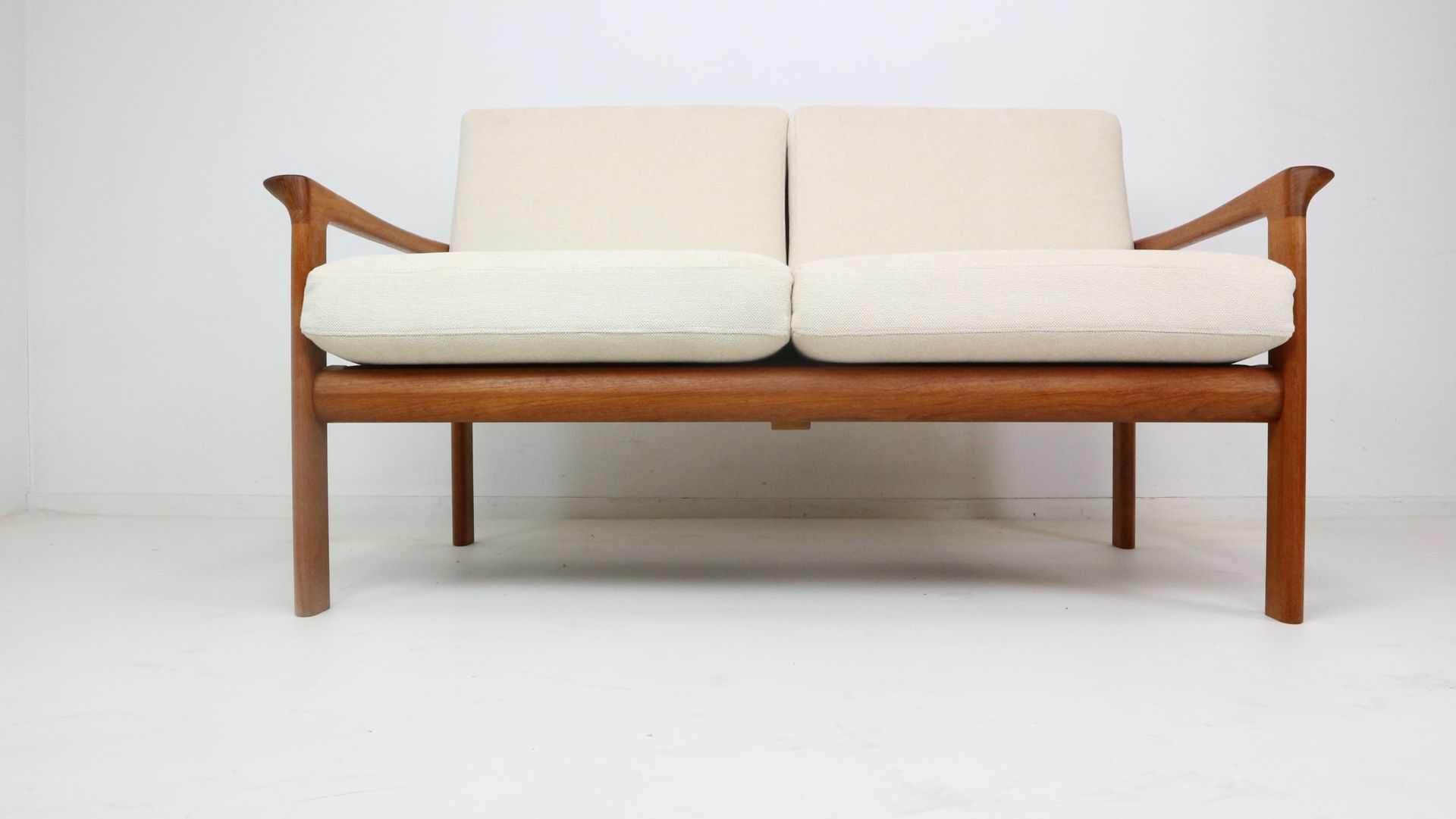 Borneo Two Seat Sofa By Sven Ellekaer For Komfort 1960s For Sale At Pamono