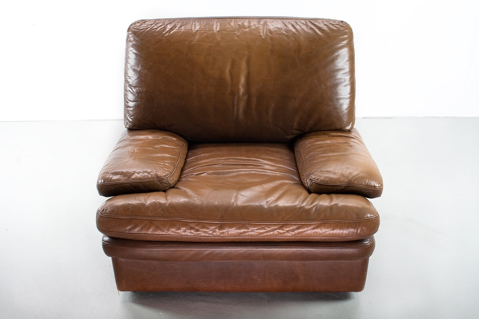 Mid century modern brown leather lounge chair for sale at for Modern leather club chair