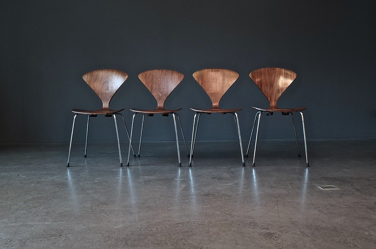 Vintage Metal Base Side Chair by Norman Cherner for Plycraft for ...