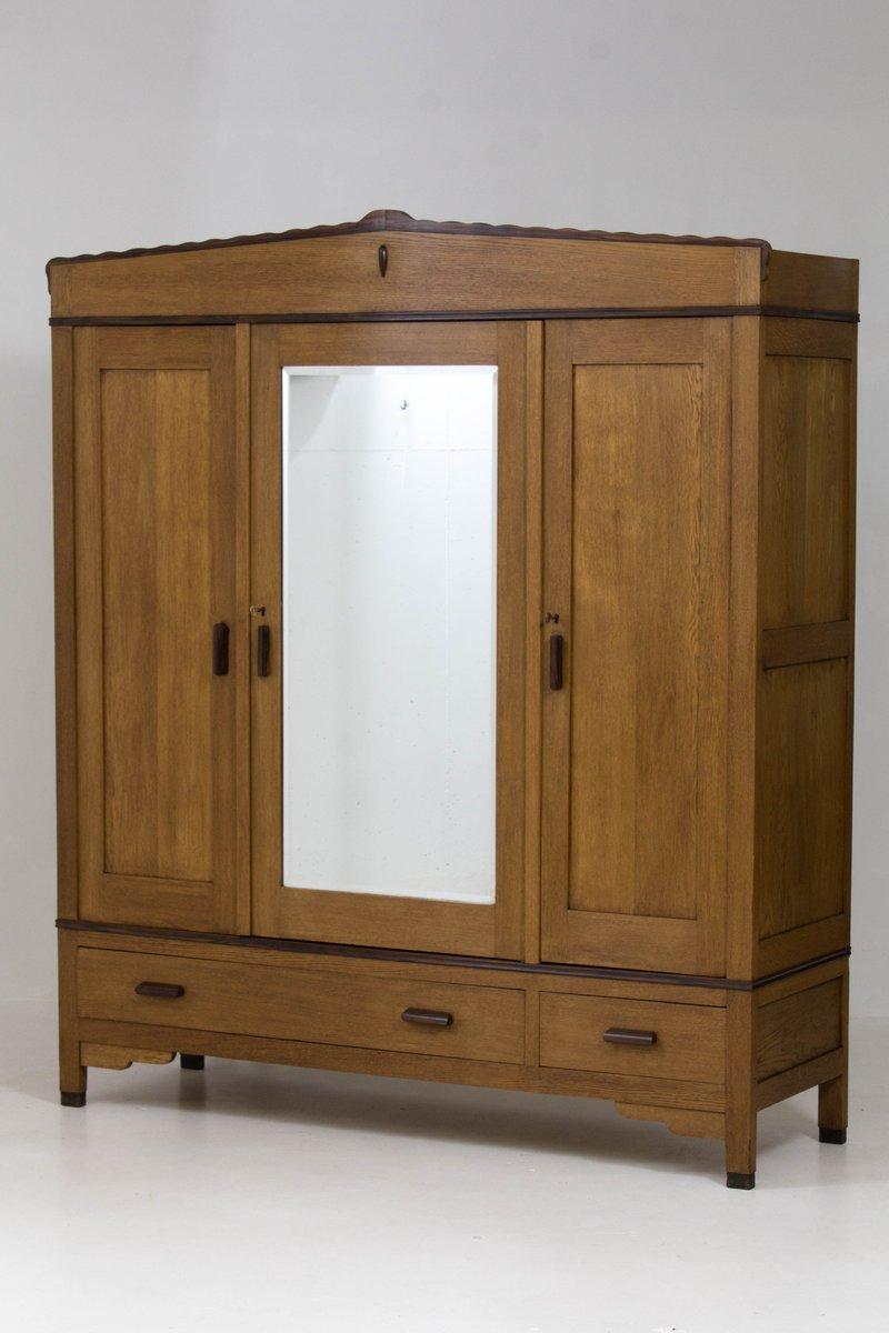 art deco amsterdamer schule eiche kleiderschrank von fa drilling 1920er bei pamono kaufen. Black Bedroom Furniture Sets. Home Design Ideas
