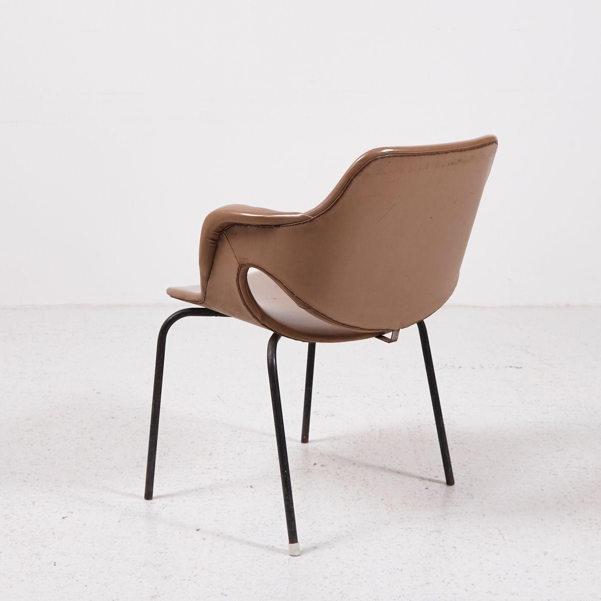 vintage sessel aus kunstleder bei pamono kaufen. Black Bedroom Furniture Sets. Home Design Ideas