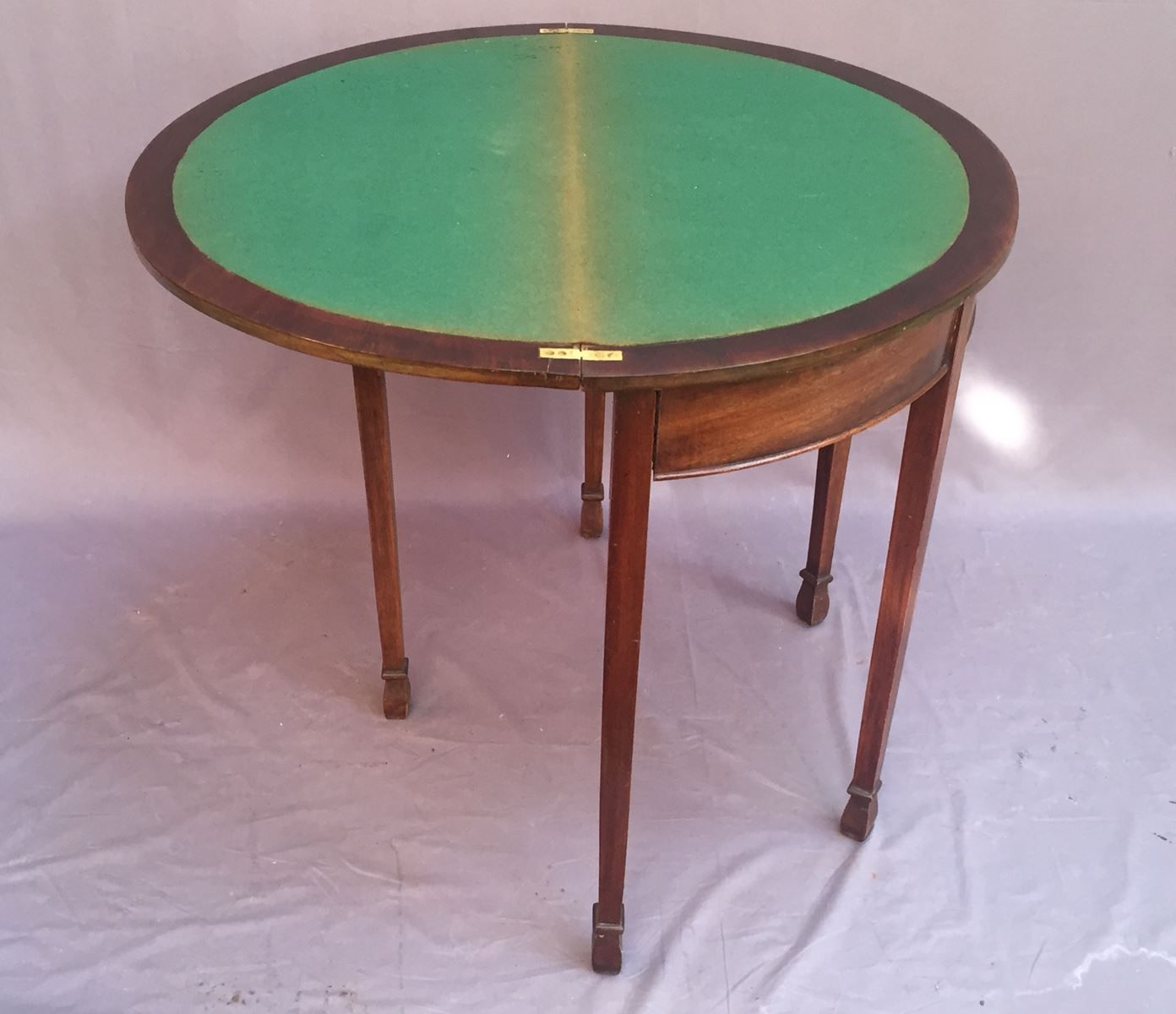 Vintage mahogany game table 1930s for sale at pamono for Table de jeux