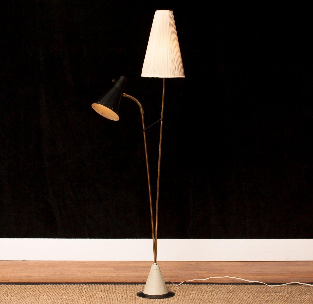 stehlampe mit doppeltem schirm von hans bergstr m of atelj lyktan 1950er bei pamono kaufen. Black Bedroom Furniture Sets. Home Design Ideas