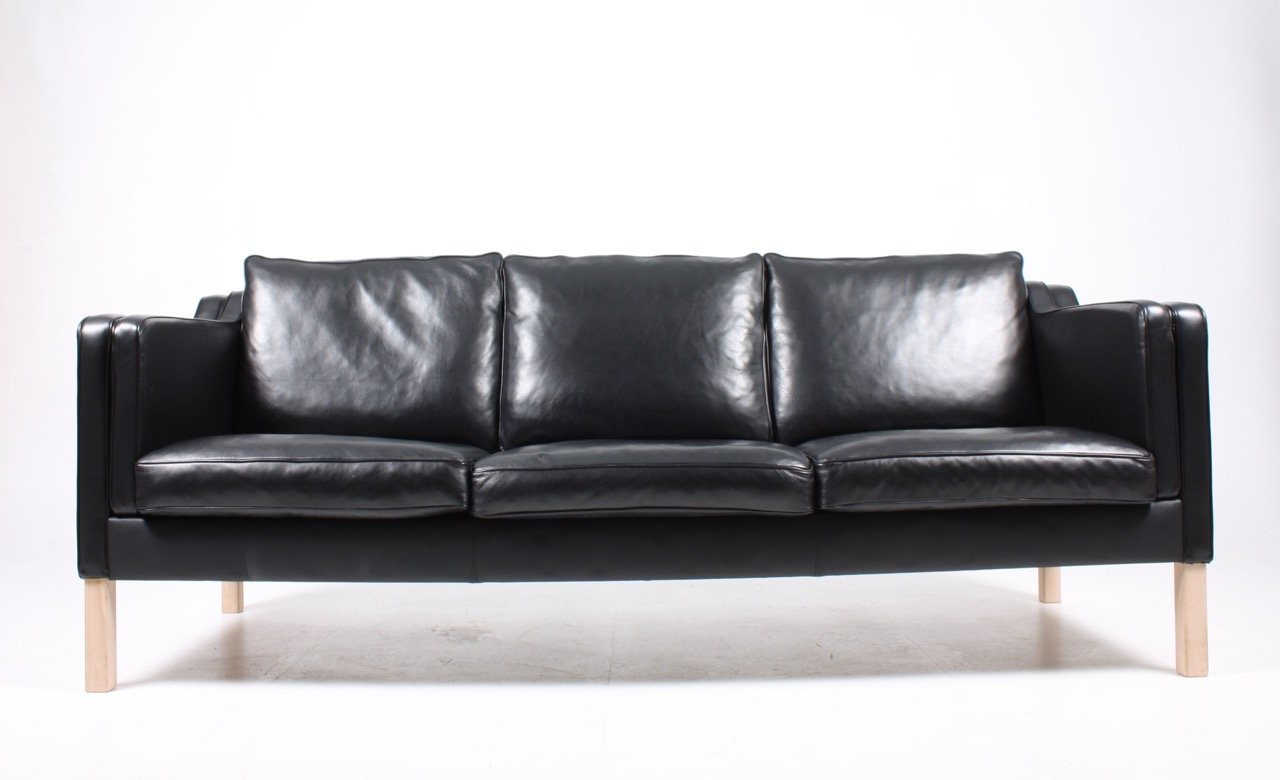 Danish black leather sofa 1980s for sale at pamono for Black leather sofa
