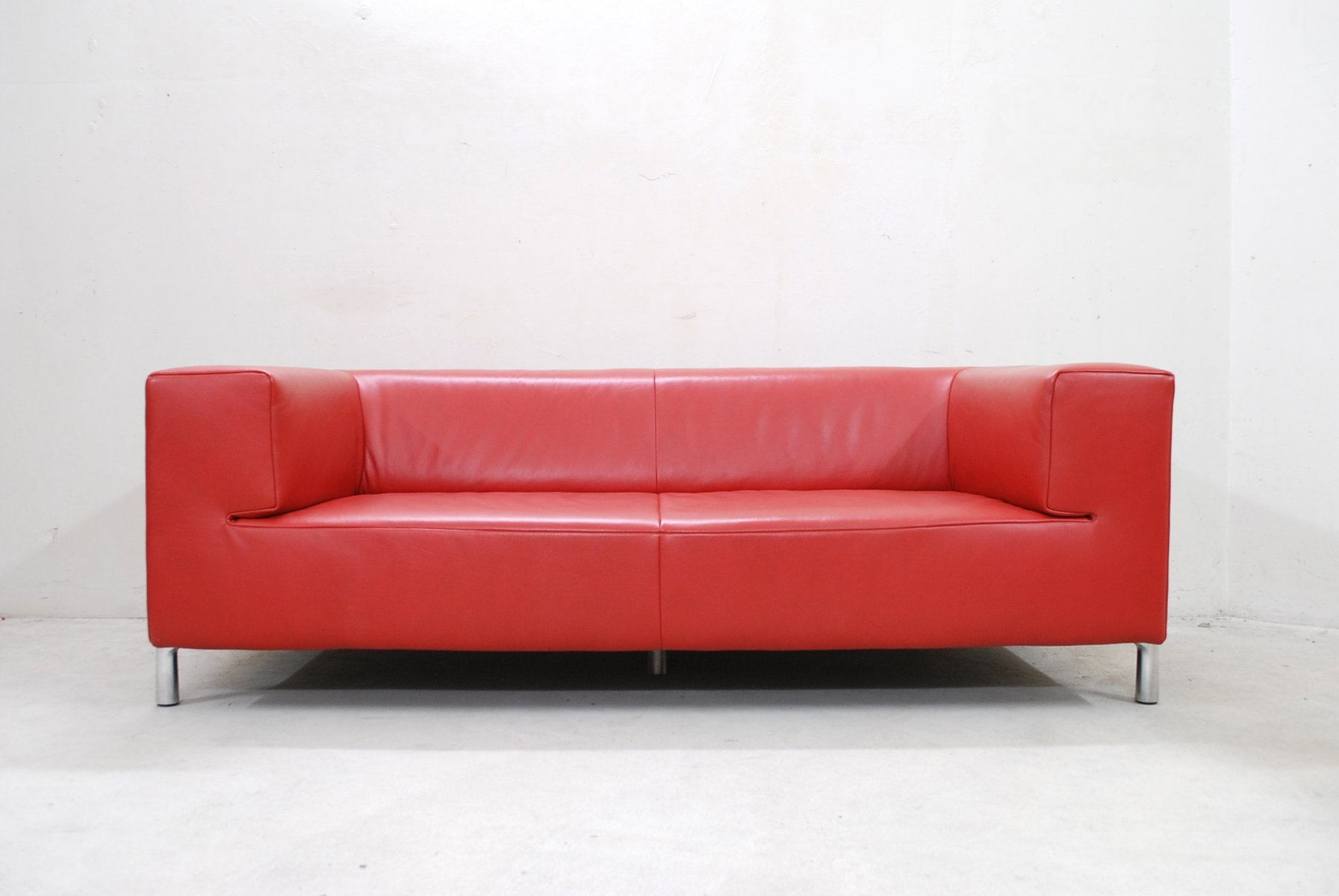 vintage red leather genesis sofa from koinor for sale at pamono. Black Bedroom Furniture Sets. Home Design Ideas