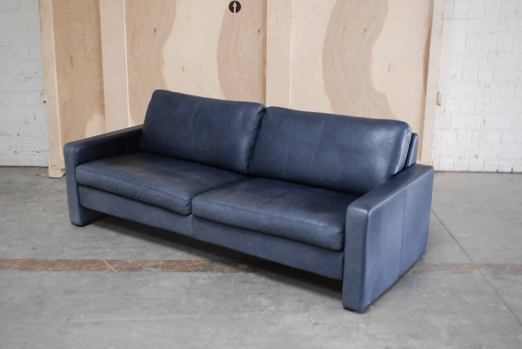Vintage conseta blue leather sofa from cor for sale at pamono for Blue leather sofa