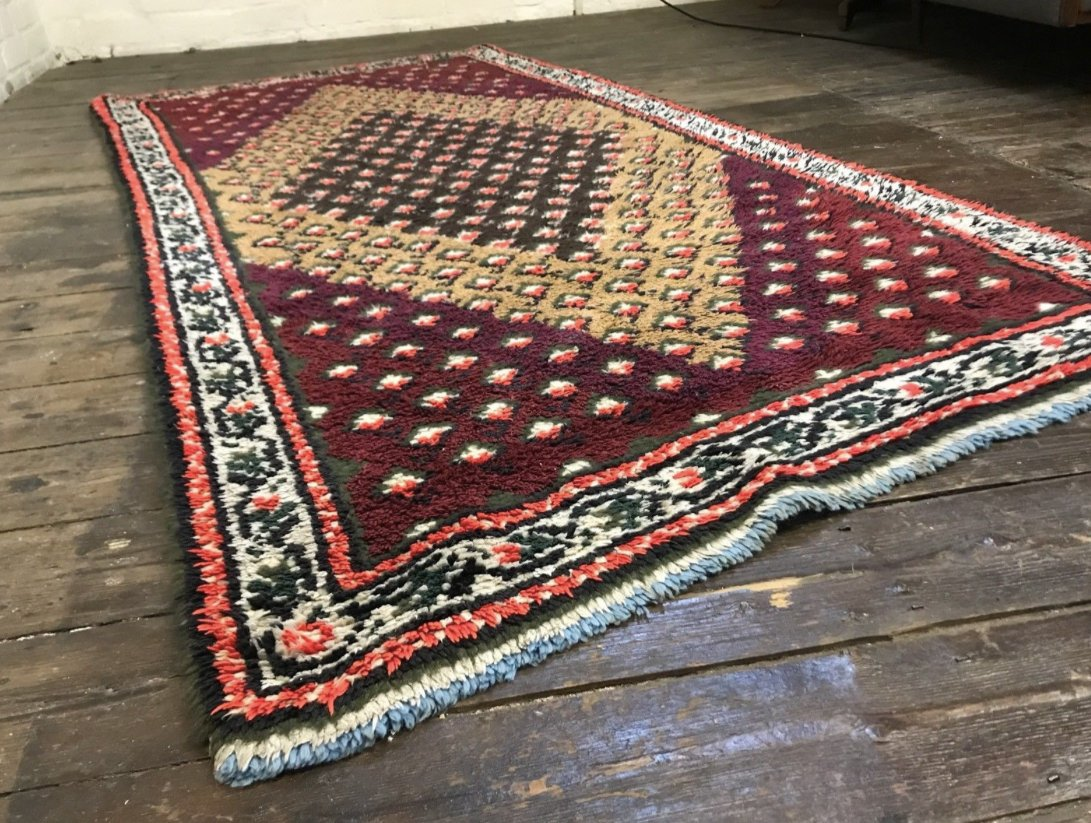 vintage moroccan berber beni ouarain shag wool rug for. Black Bedroom Furniture Sets. Home Design Ideas