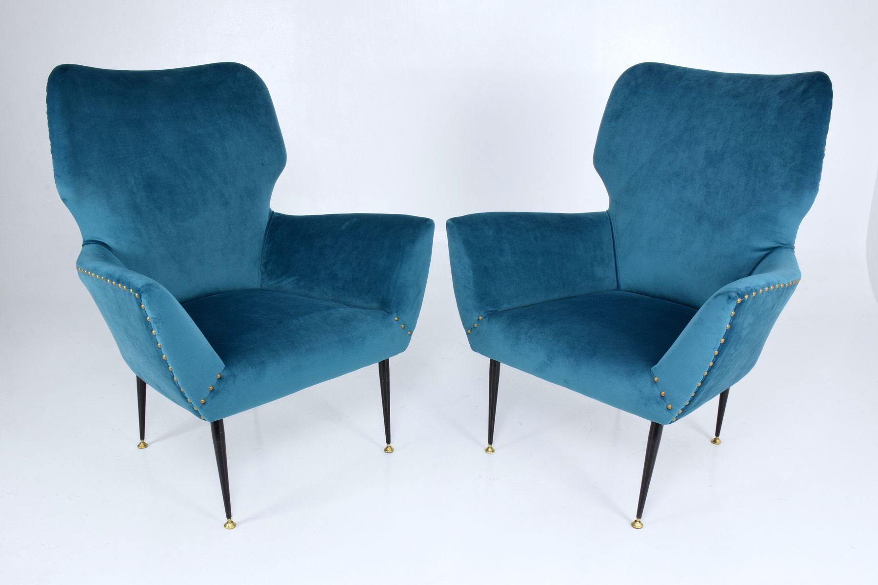 Italian Curved Lounge Chairs 1950s Set of 2 for sale at Pamono