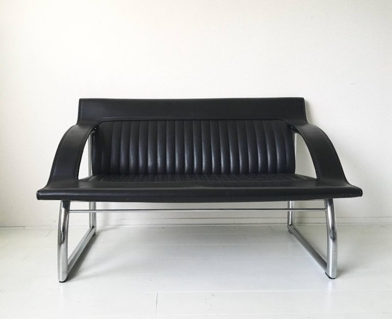 ds 127 black leather sofa and lounge chair by gerd lange. Black Bedroom Furniture Sets. Home Design Ideas