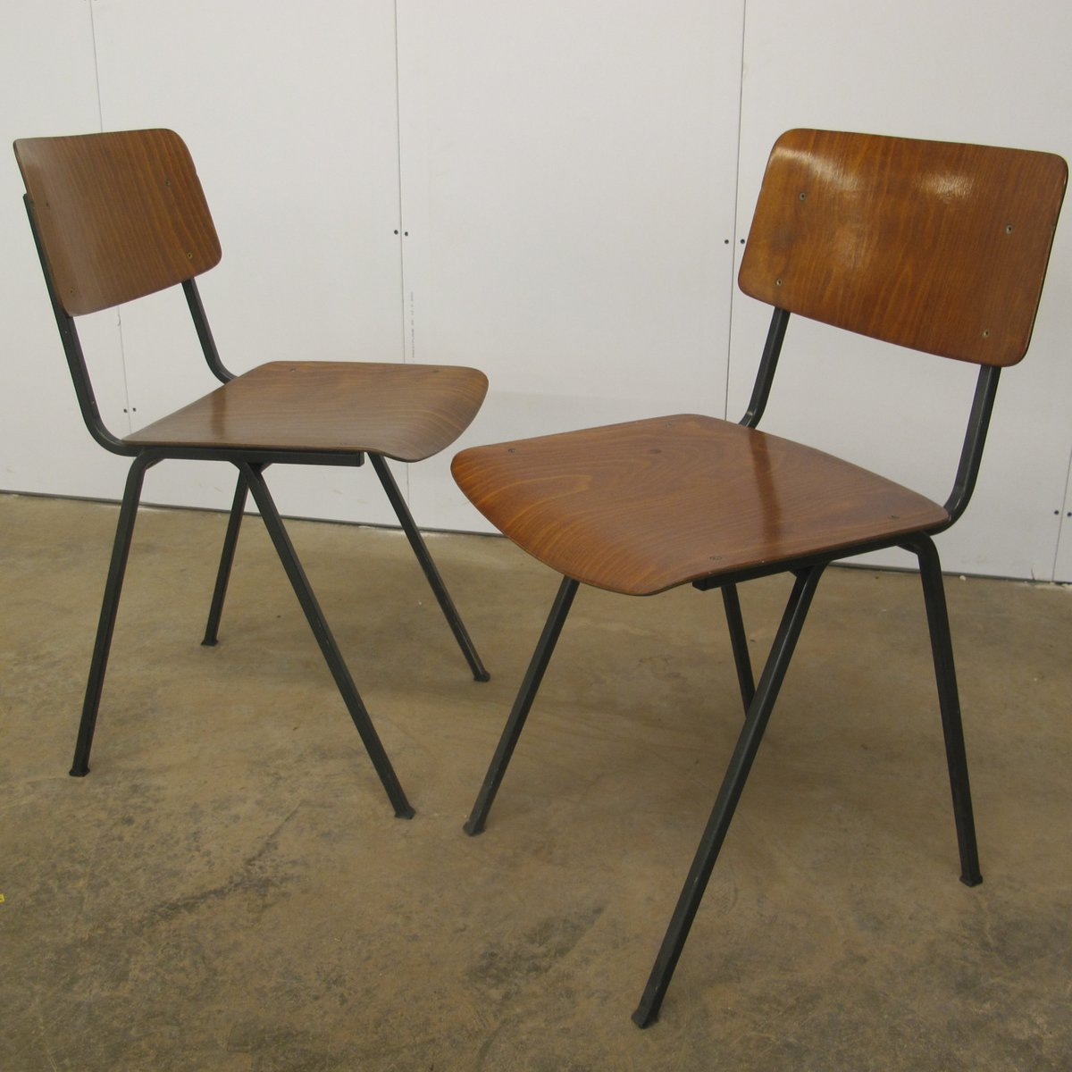 vintage st hle aus schichtholz stahl von marko 1960er 4er set bei pamono kaufen. Black Bedroom Furniture Sets. Home Design Ideas