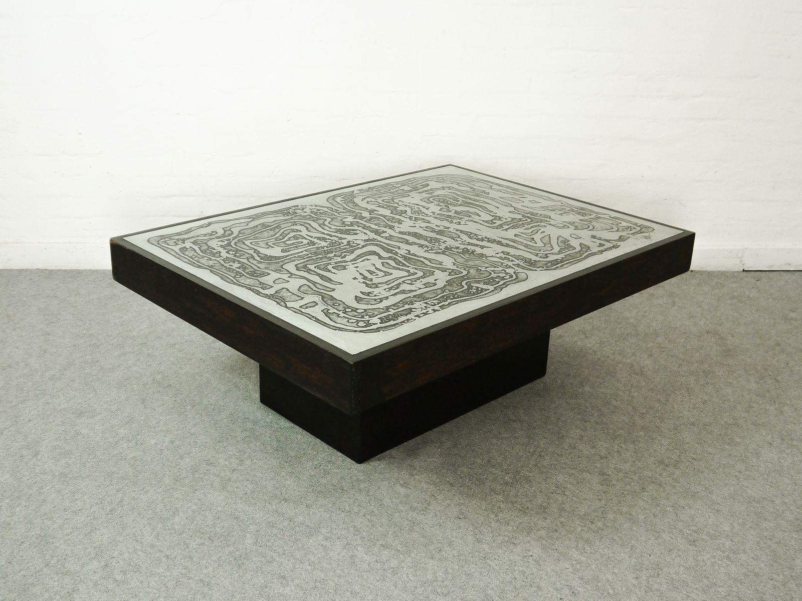 couchtisch aus ge tztem aluminum von bernhard rohne. Black Bedroom Furniture Sets. Home Design Ideas