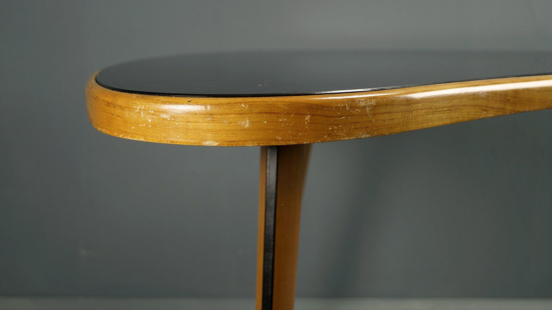 couchtisch mit schwarzer glas tischplatte 1950er bei. Black Bedroom Furniture Sets. Home Design Ideas