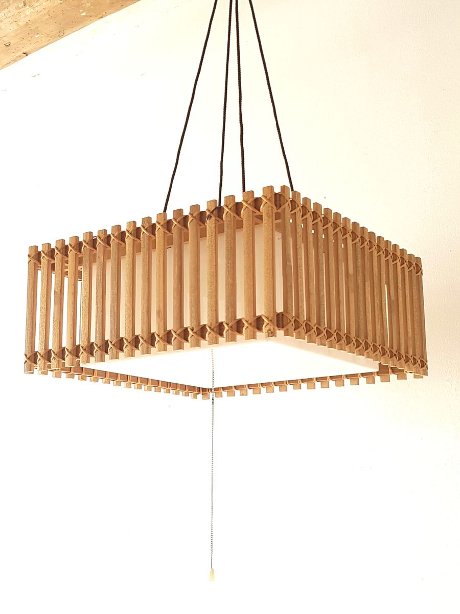 h ngelampe aus holz plexiglas 1970er bei pamono kaufen. Black Bedroom Furniture Sets. Home Design Ideas
