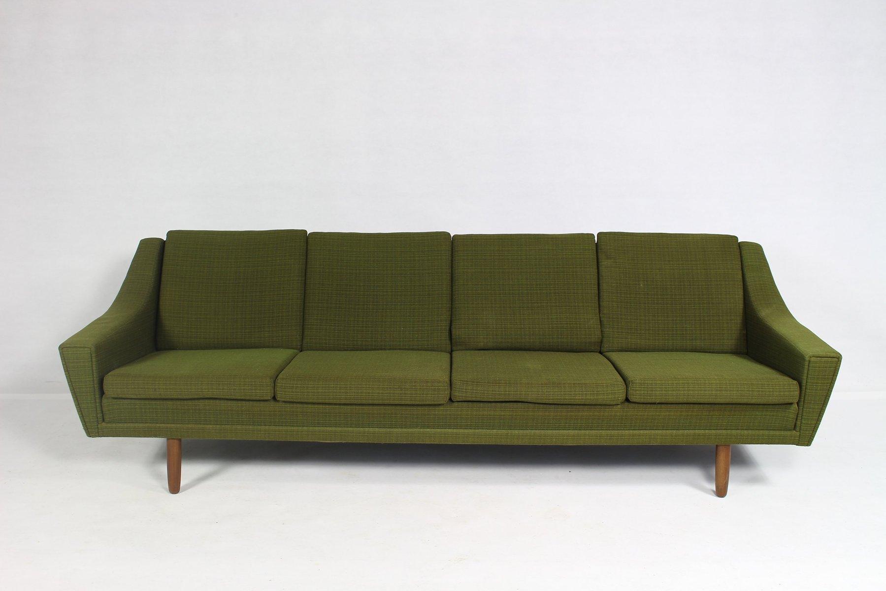 skandinavisches 4 sitzer sofa 1960er bei pamono kaufen. Black Bedroom Furniture Sets. Home Design Ideas