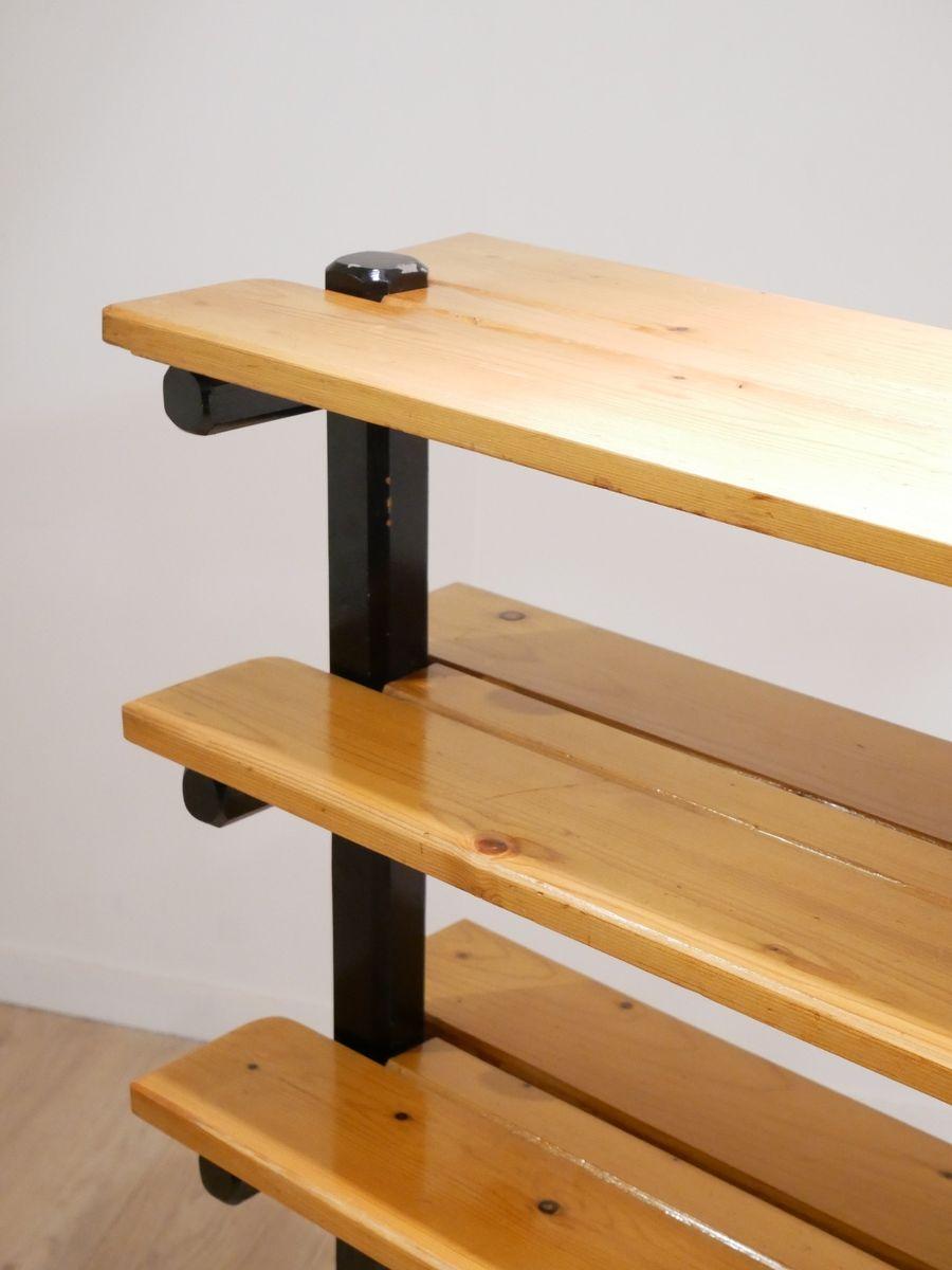 zweifarbiges freistehendes skandinavisches mid century b cherregal aus holz bei pamono kaufen. Black Bedroom Furniture Sets. Home Design Ideas