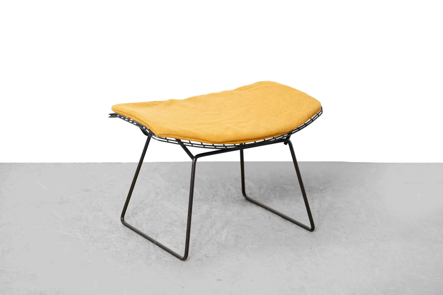 Model 424 diamond chair hocker by harry bertoia for knoll inc 1960s for sale at pamono - Knoll inc chairs ...