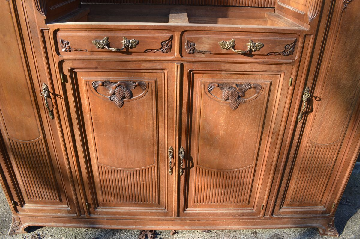 art nouveau buffet 1910s en vente sur pamono. Black Bedroom Furniture Sets. Home Design Ideas
