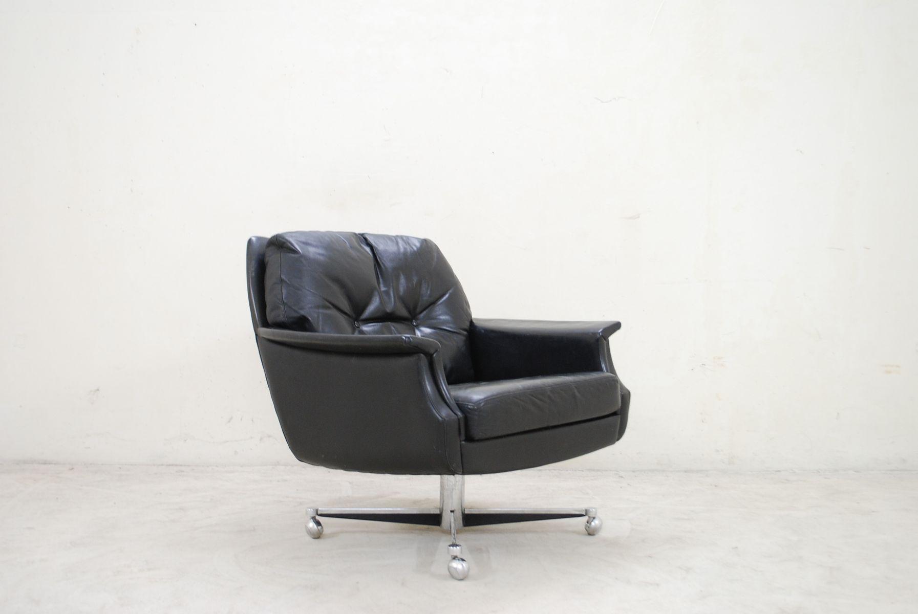 schwarzer vintage leder drehsessel 1960er bei pamono kaufen. Black Bedroom Furniture Sets. Home Design Ideas