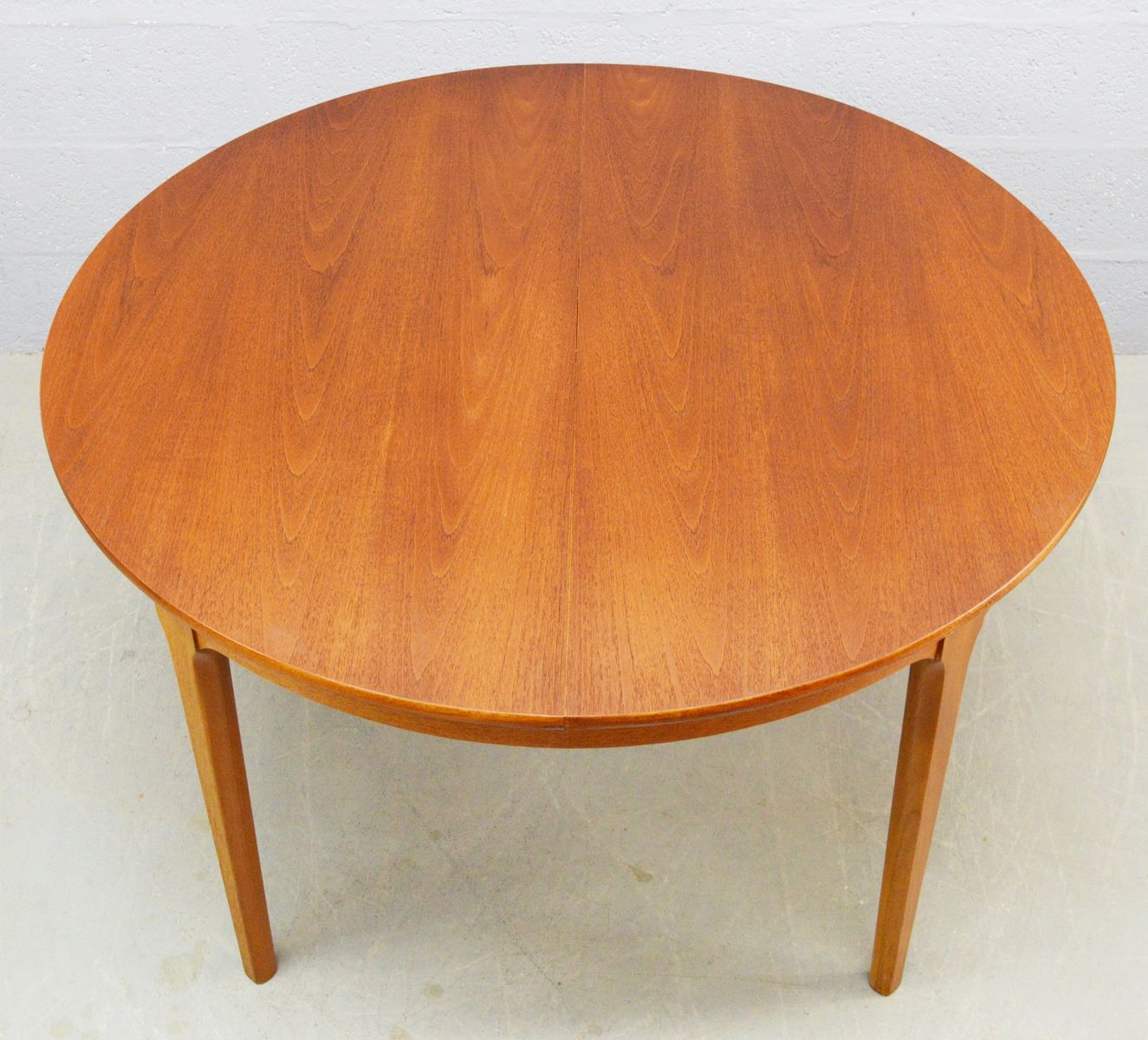Mid Century Circular Teak Extendable Dining Table From