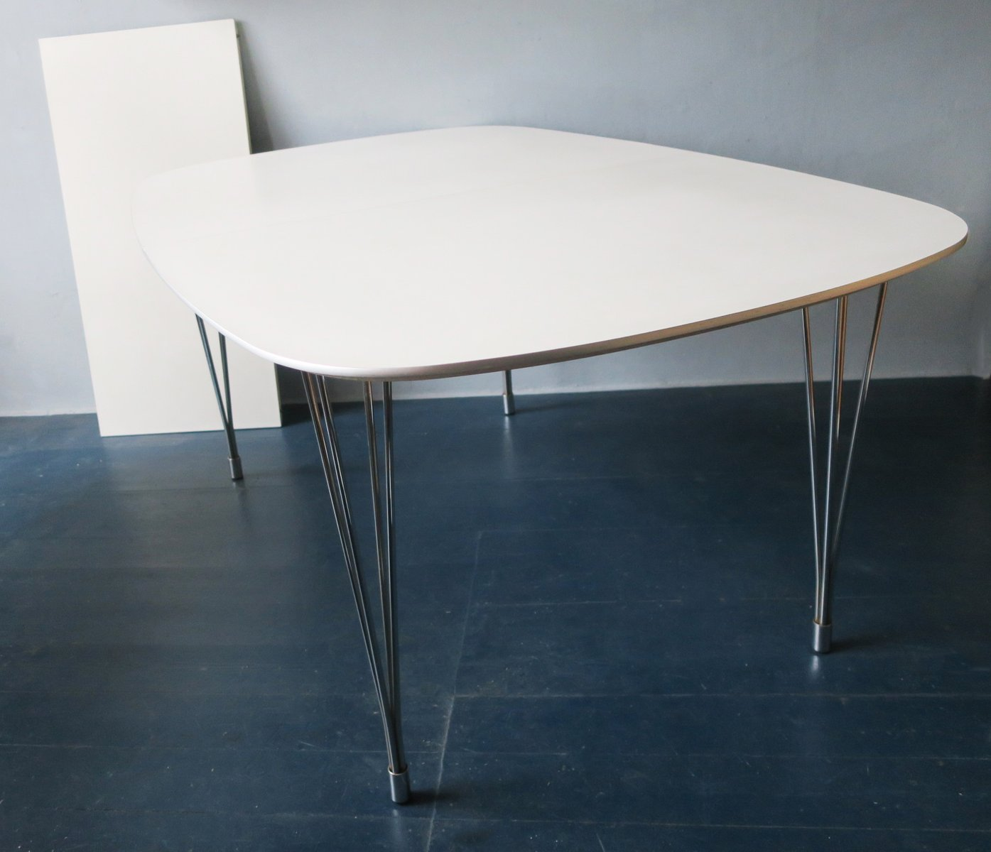 Danish Extendable Dining Table on Hairpin Legs