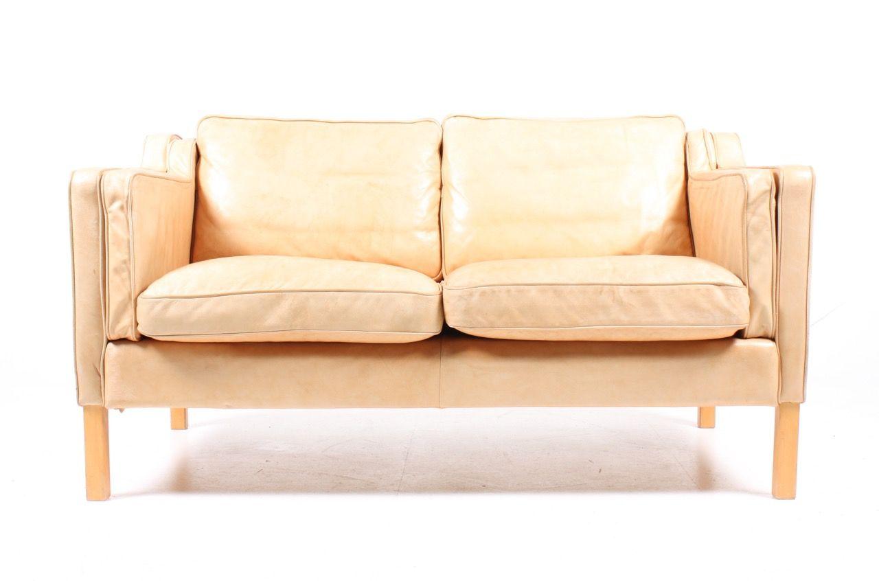 Danish Tan Leather Sofa Uk Fabric Sofas: vintage tan leather sofa