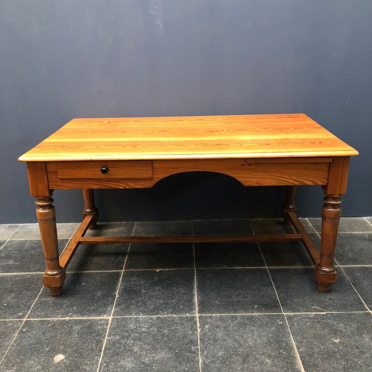 American Pitch Pine Desk 1950s For Sale At Pamono