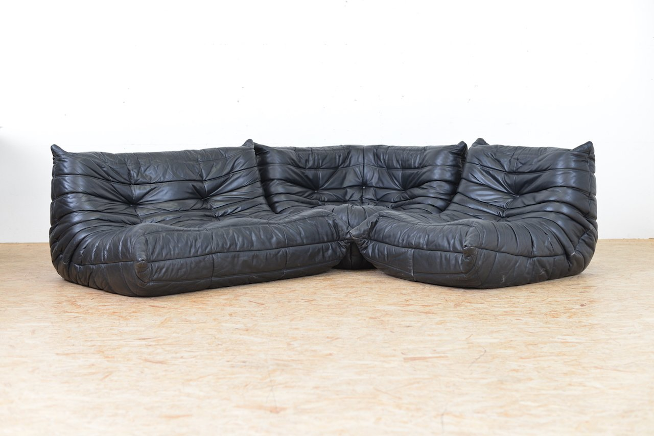 togo leather sofa set by michel ducaroy for ligne roset. Black Bedroom Furniture Sets. Home Design Ideas