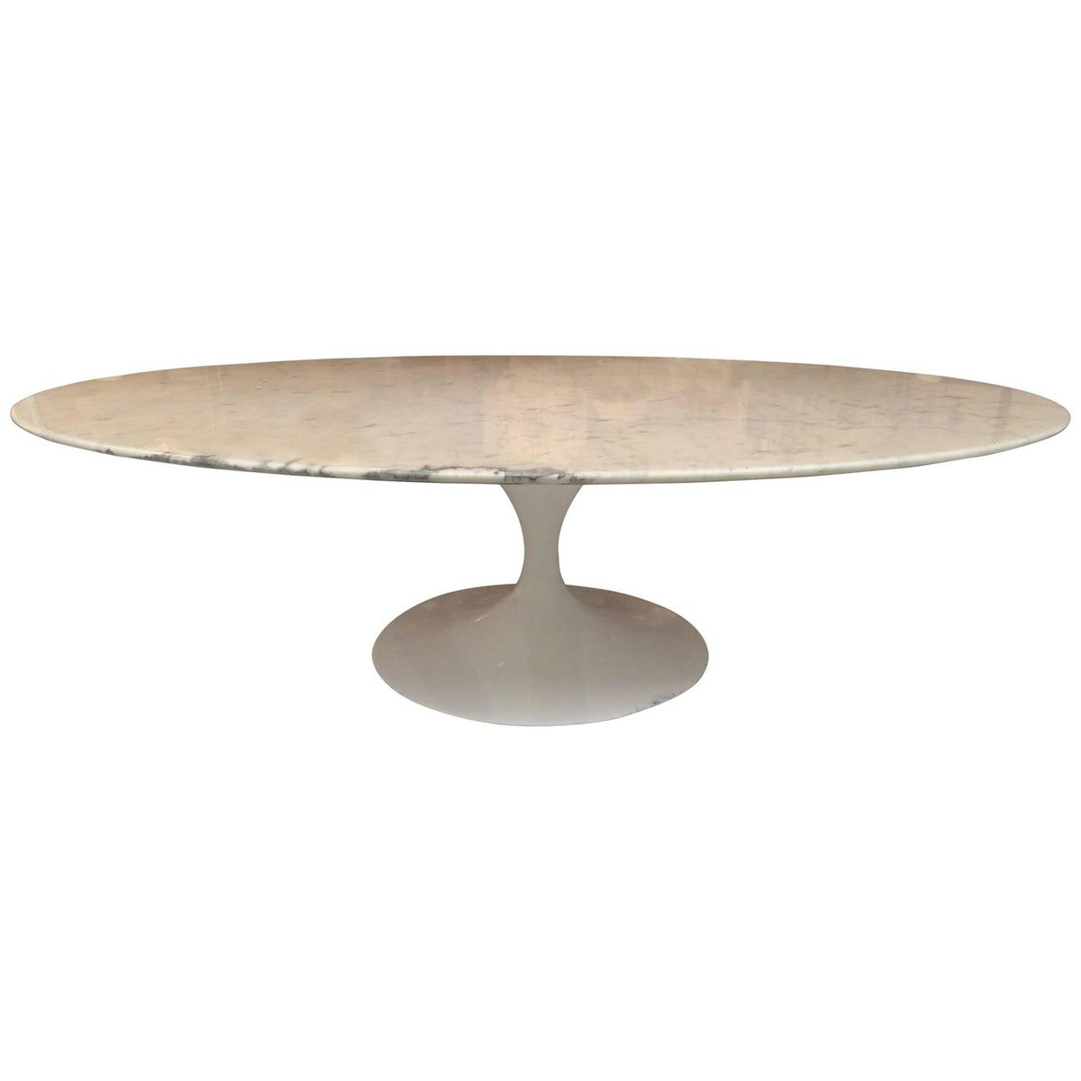 White marble tulip coffee table by eero saarinen for knoll White marble coffee table