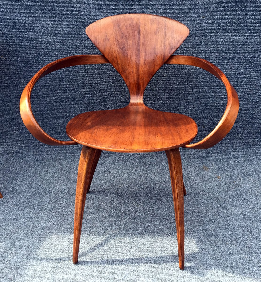 vintage walnut chair by norman cherner for plycraft for sale at pamono