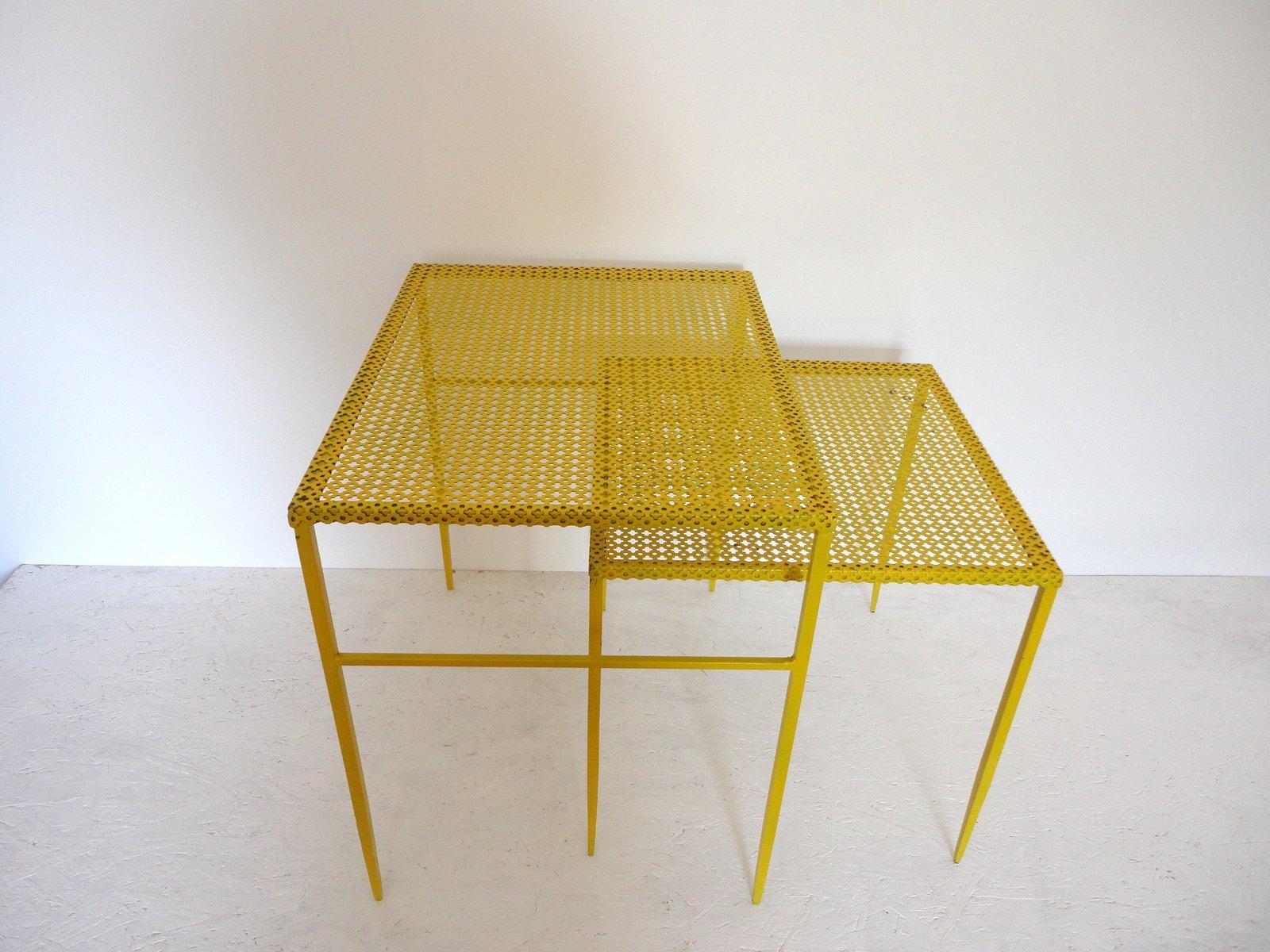 beistelltische aus metall von mathieu mategot 1950er 2er. Black Bedroom Furniture Sets. Home Design Ideas