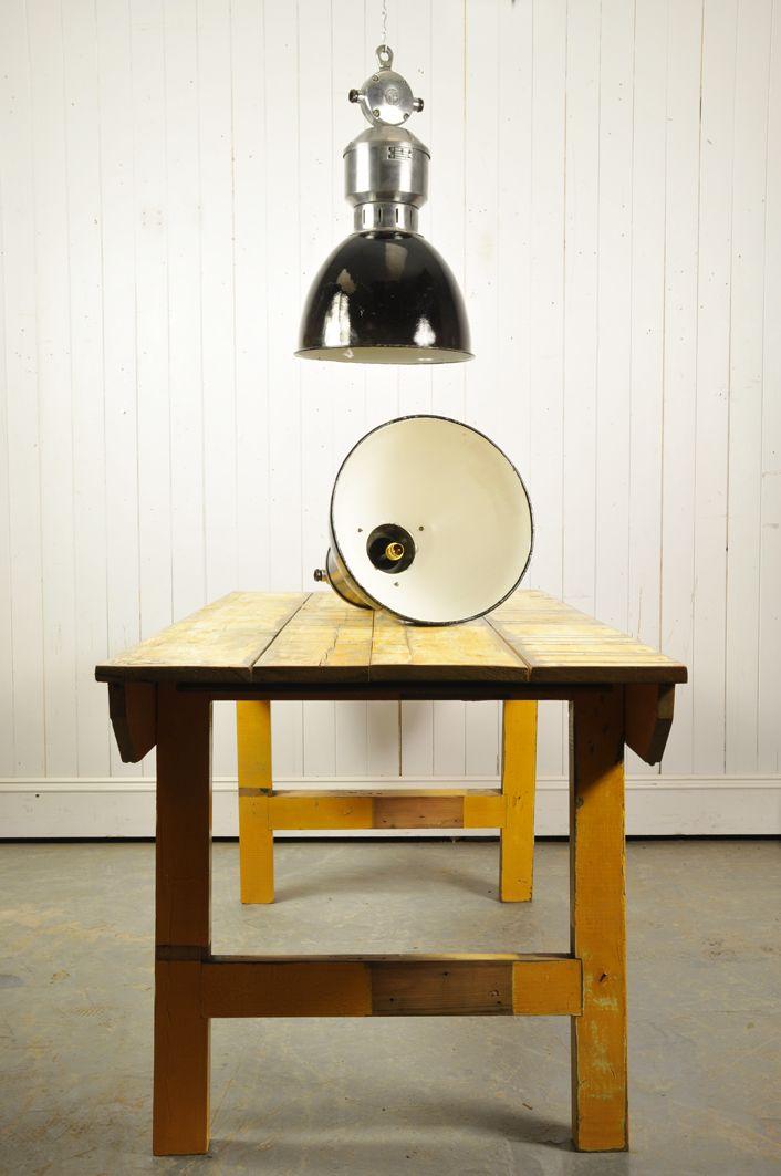 industrielle h ngelampe aus tschechien 1950er bei pamono kaufen. Black Bedroom Furniture Sets. Home Design Ideas
