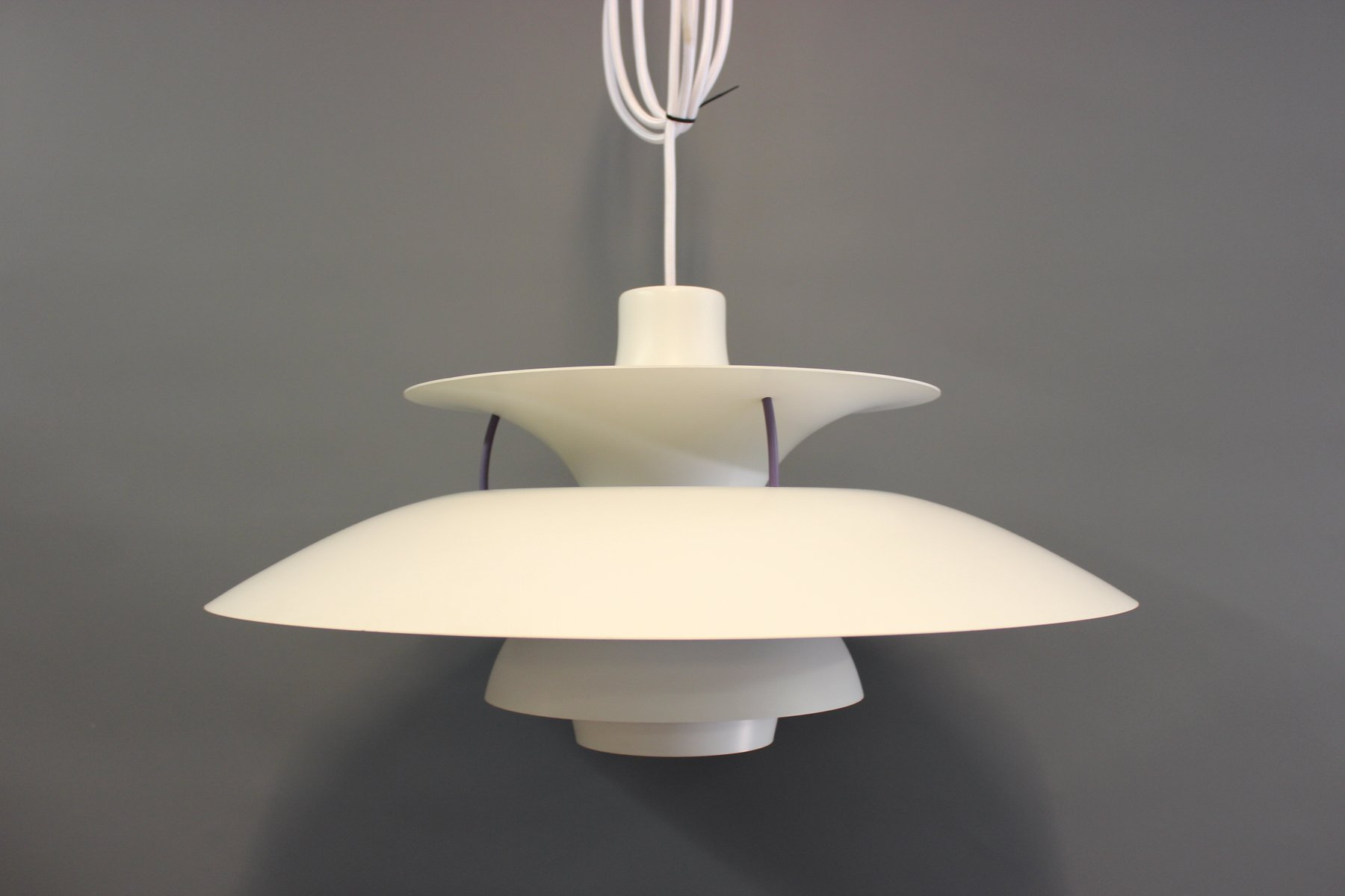 ph5 ceiling lamp by poul henningsen for louis poulsen for sale at pamono. Black Bedroom Furniture Sets. Home Design Ideas