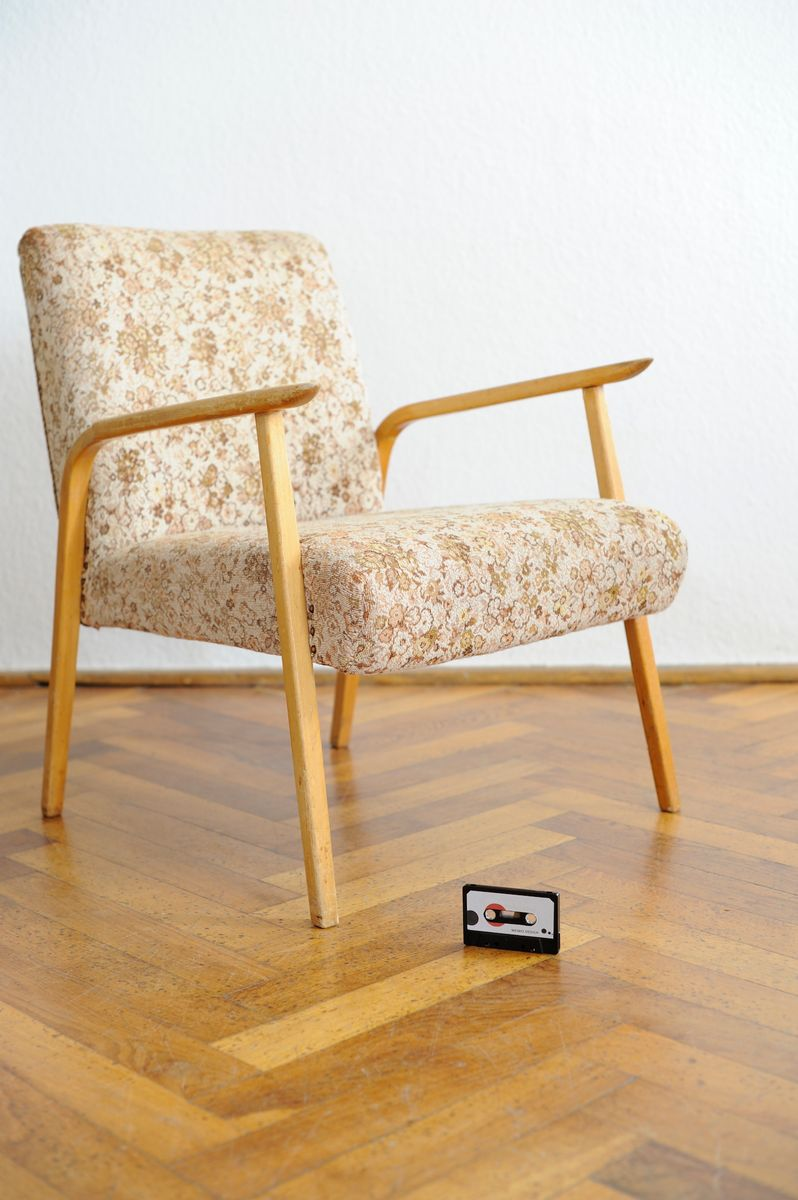 mid century sessel mit floralem bezug bei pamono kaufen. Black Bedroom Furniture Sets. Home Design Ideas