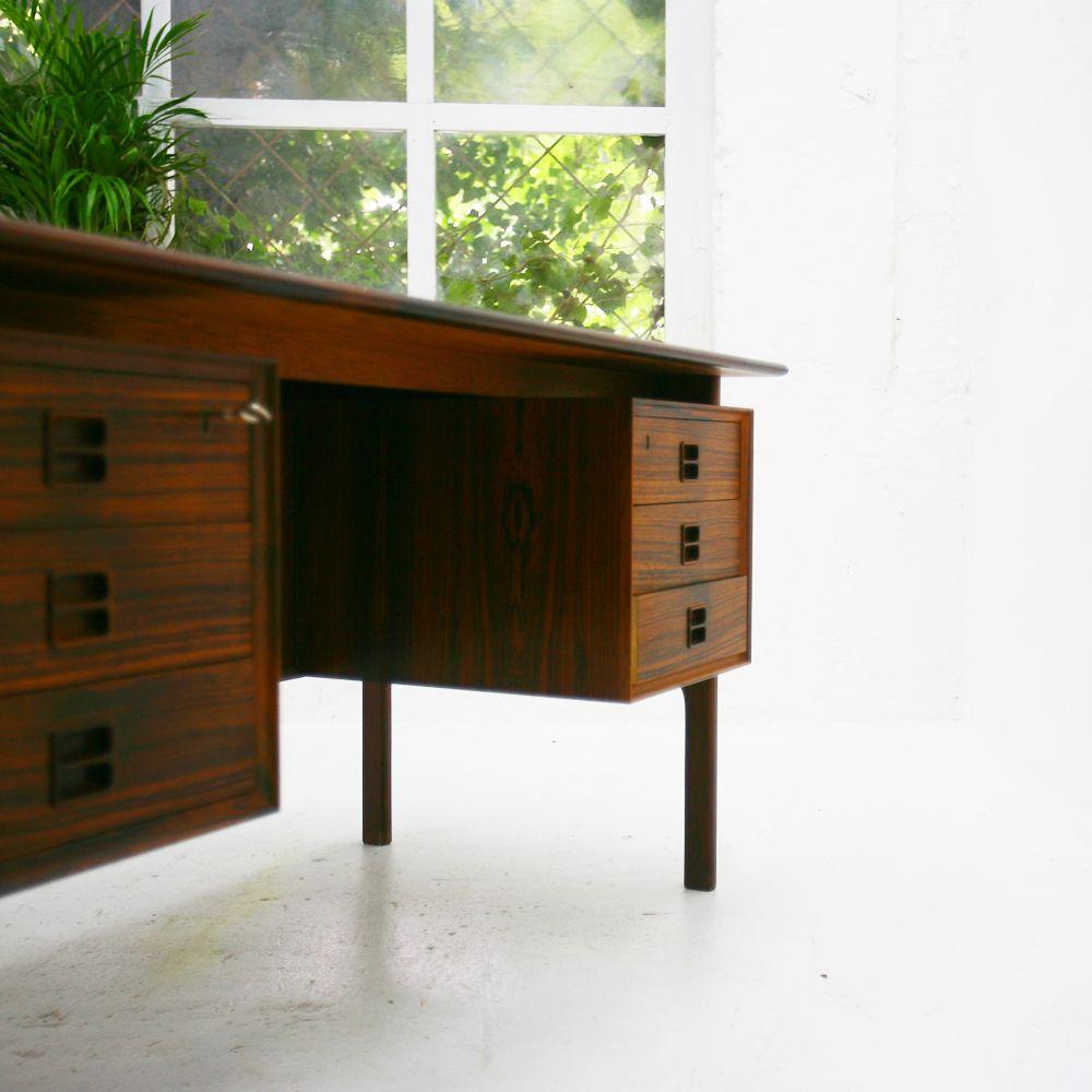 mid century palisander schreibtisch von arne vodder f r. Black Bedroom Furniture Sets. Home Design Ideas