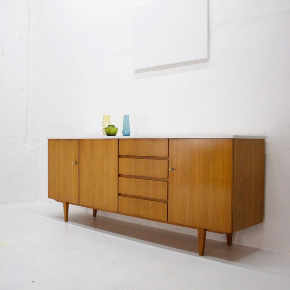 wei es eschenholz sideboard 1960er bei pamono kaufen. Black Bedroom Furniture Sets. Home Design Ideas