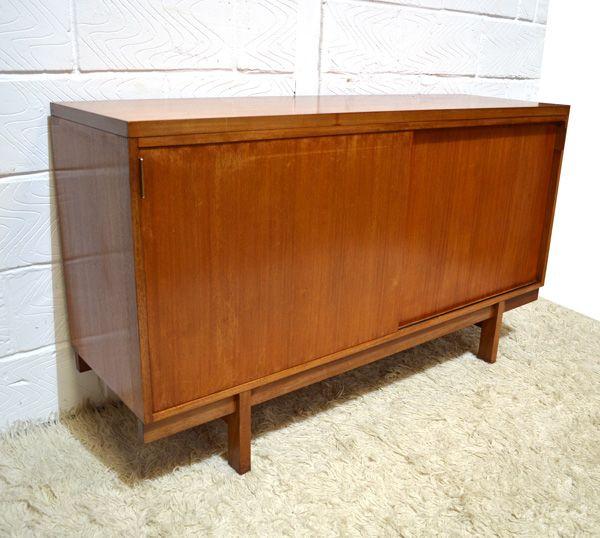 d nisches mid century sideboard mit schiebet ren bei pamono kaufen. Black Bedroom Furniture Sets. Home Design Ideas