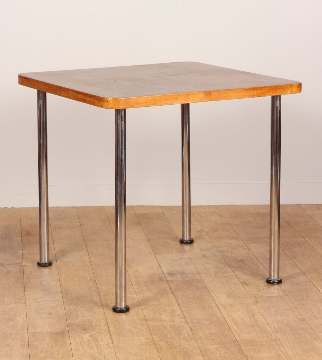 walnut table by marcel breuer for embru 1935 for sale at pamono. Black Bedroom Furniture Sets. Home Design Ideas