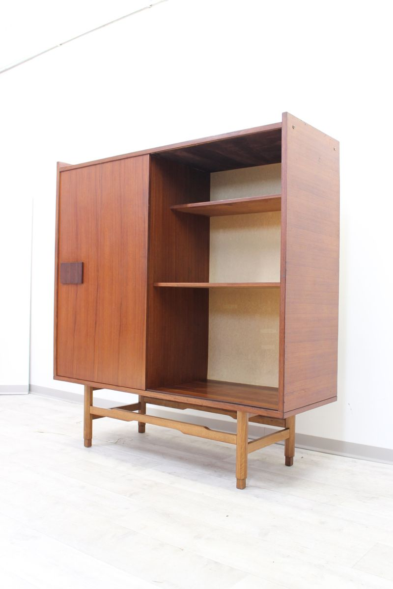 skandinavischer mid century teakholz schrank mit. Black Bedroom Furniture Sets. Home Design Ideas