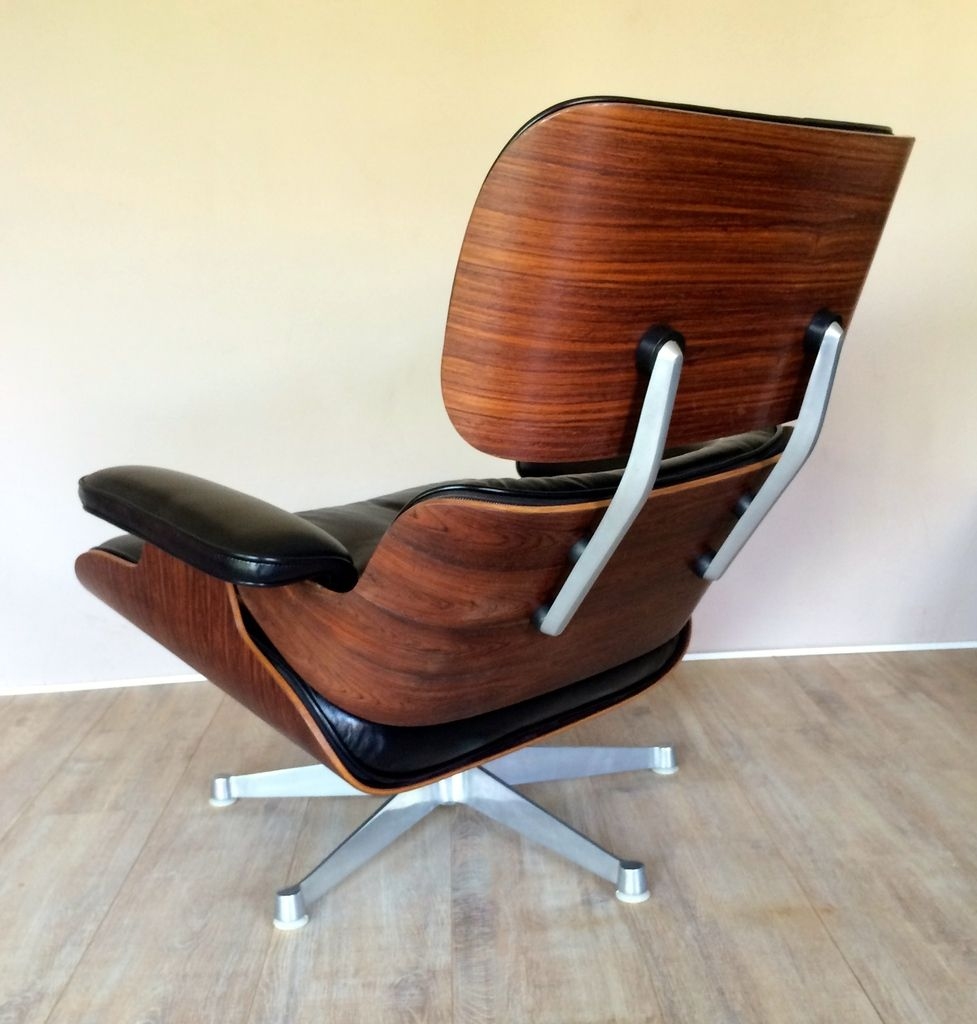 Lounge chair by charles ray eames for hille for sale at for Charles eames lounge chair nachbildung
