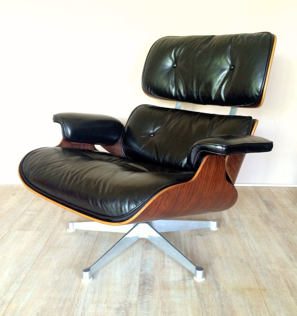 Lounge Chair by Charles & Ray Eames for Hille for sale at Pamono