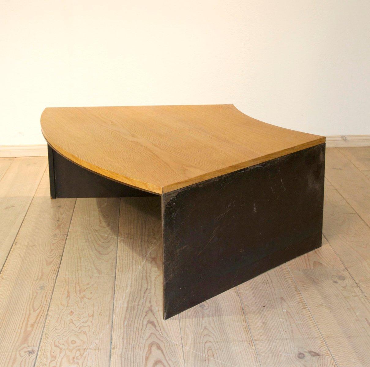 table basse vintage en m tal et en ch ne en vente sur pamono. Black Bedroom Furniture Sets. Home Design Ideas