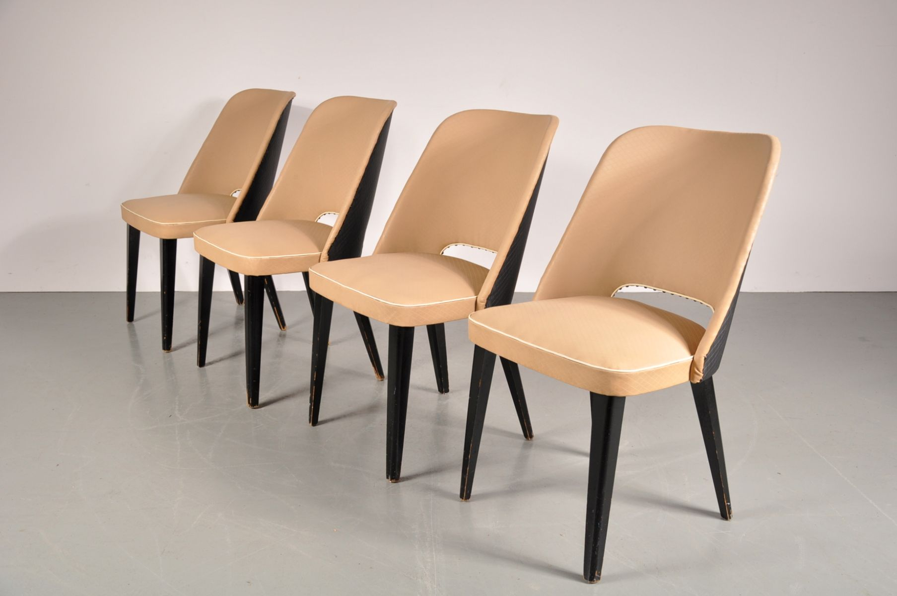 mid century dining chairs on black wooden base with beige black vinyl upholstery from polonio. Black Bedroom Furniture Sets. Home Design Ideas